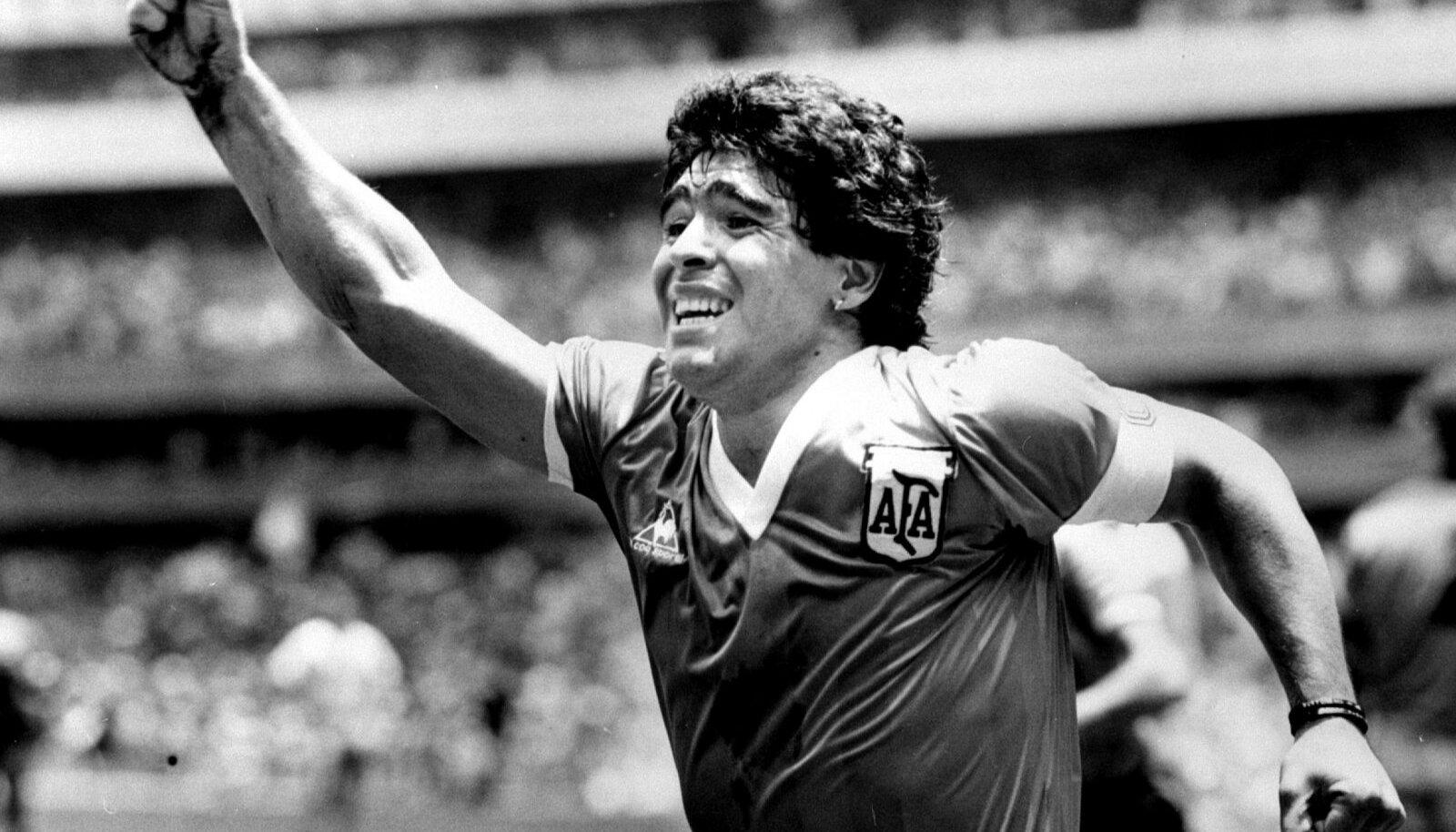 JUMAL: Maradona juubeldab pärast veerandfinaalis Inglismaa vastu löödud võiduväravat 1986. aasta MMil.
