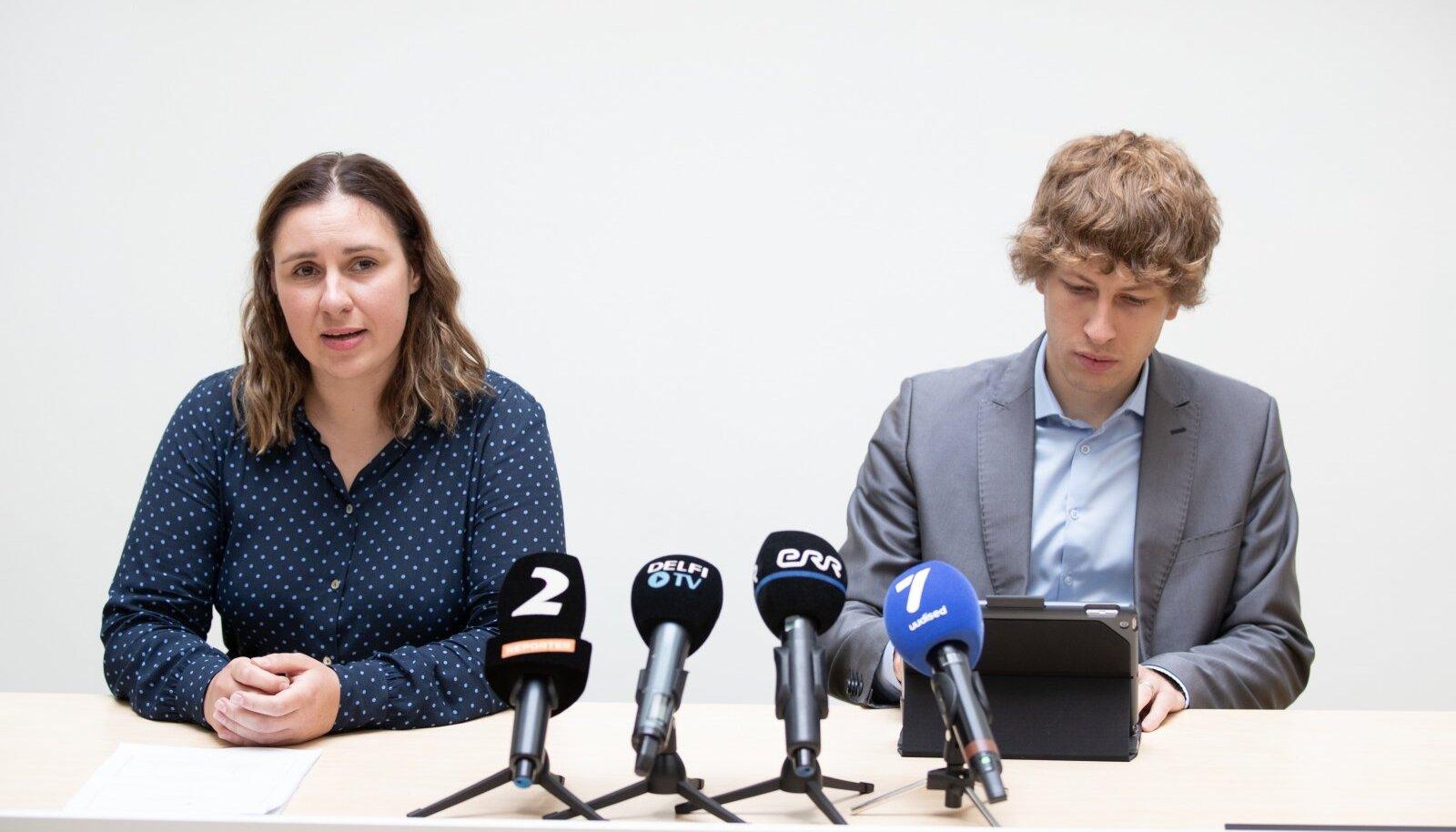 Härma ja Kiik panevad peredele südamele, et nad puhkaksid koolivaheajal Eestis. Kõikides riikides on nakatumine tõusuteel.