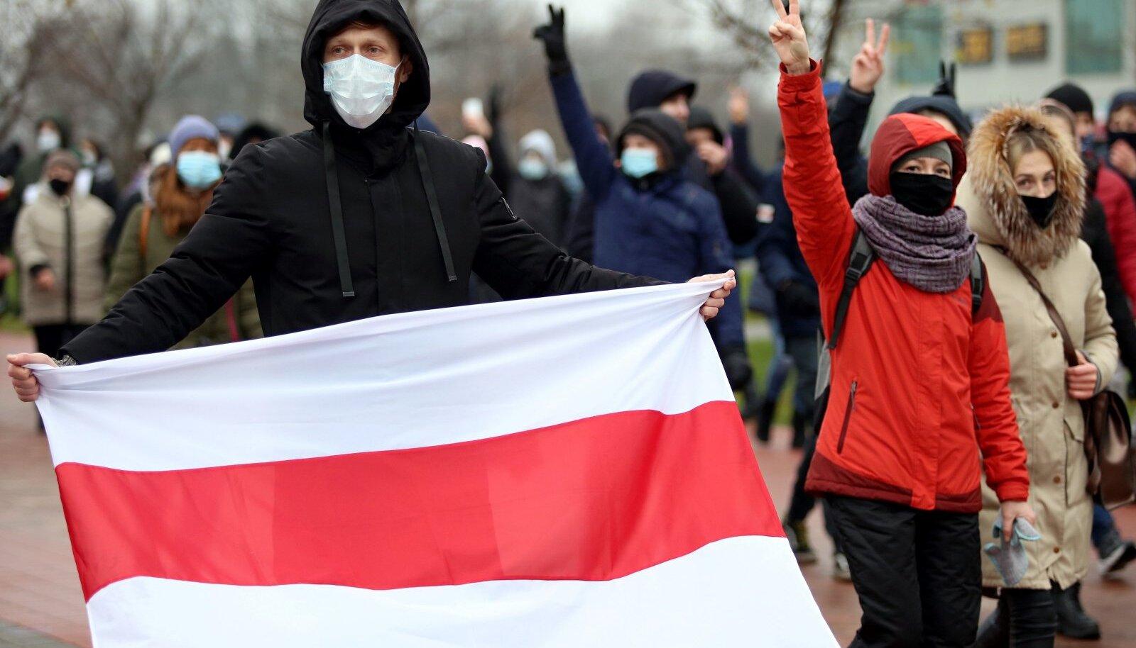 Protestid Valgevenes ei näita ilmade külmenemisest hoolimata vaibumise märke
