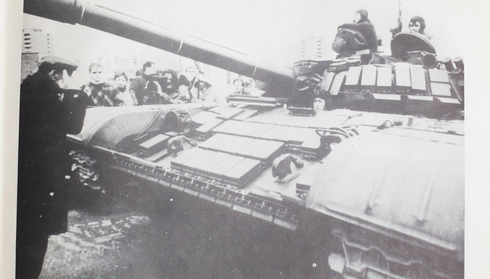 Tank Leedu iseseisvuslaste vastas