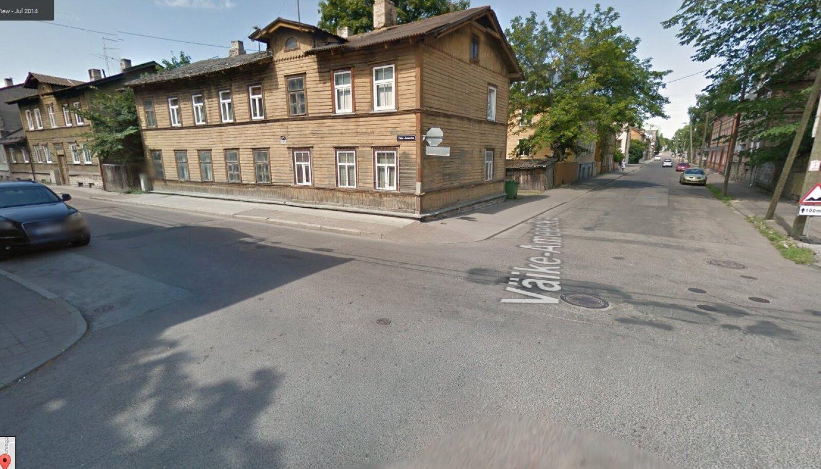 Tallinn, Väike-Ameerika ja Koidu tänavate ristmik (Google Street View ekraanitõmmis)