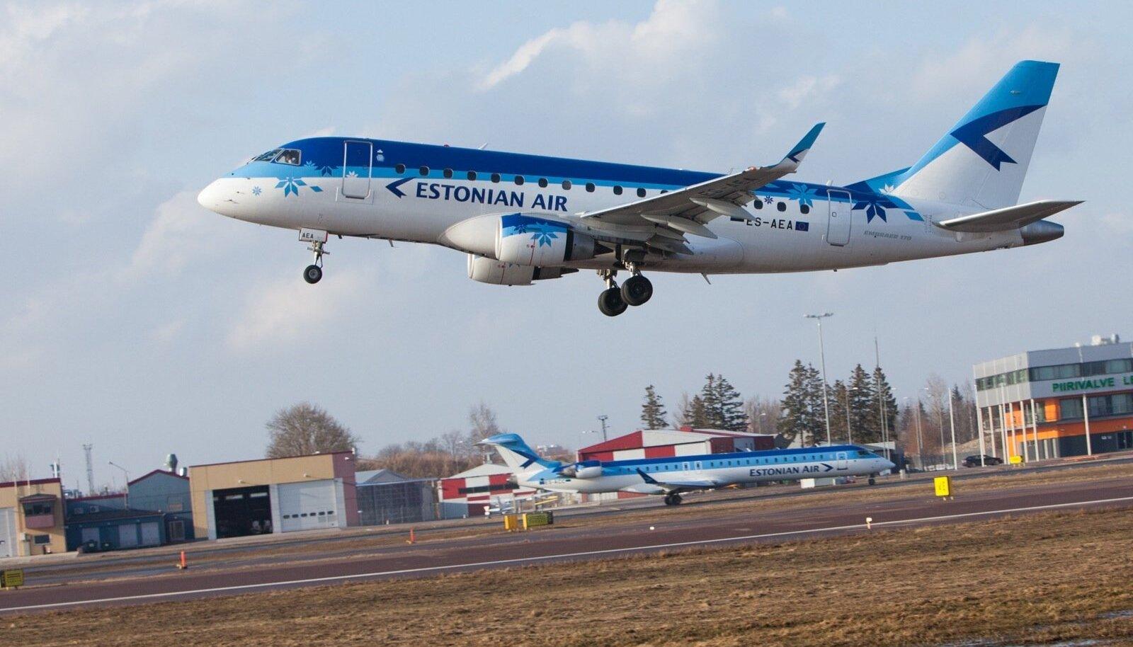 Estonian Airi sinilinnud Tallinna lennujaamas