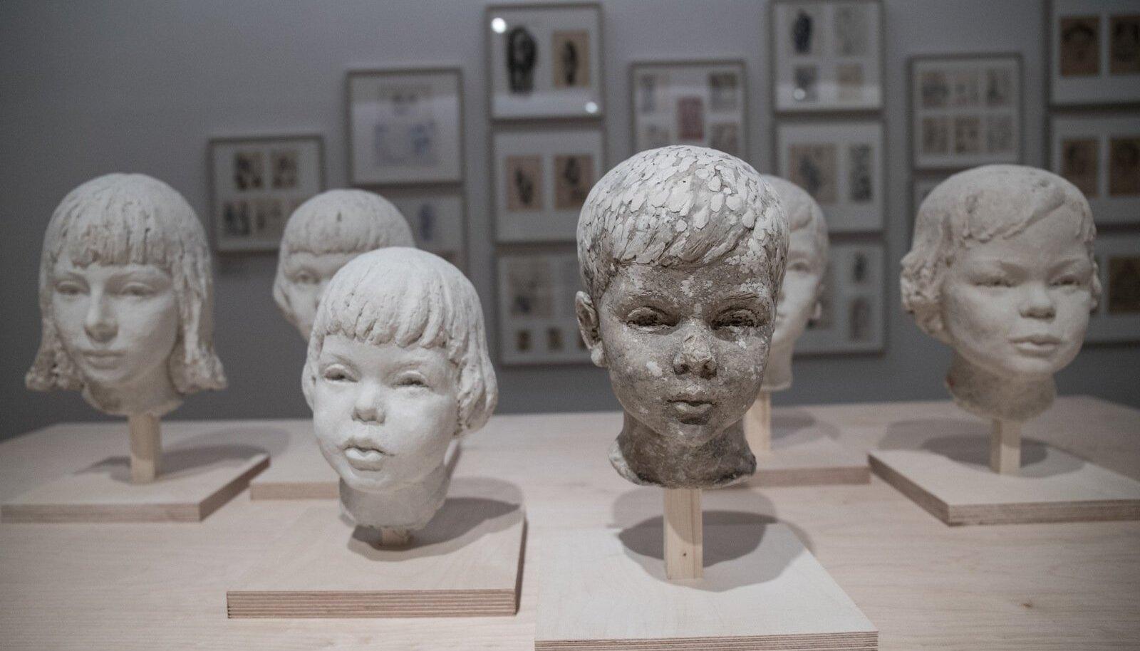FOTOD | Kumus avati sõjajärgses Pariisis ilma teinud eesti kunstniku näitus