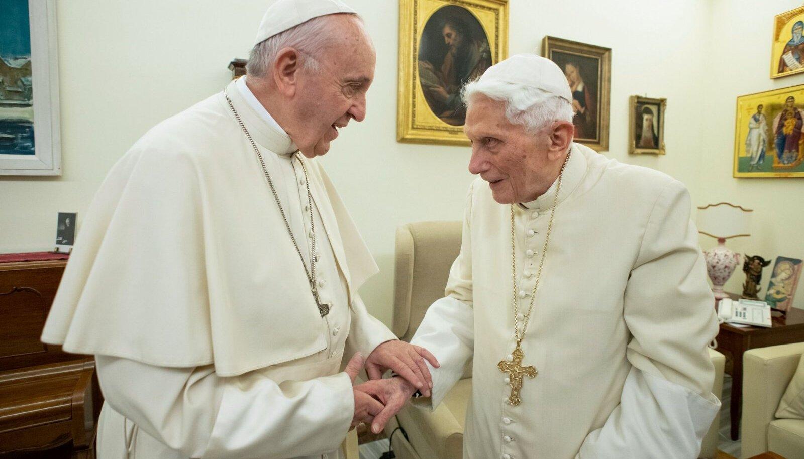 Franciscus ja Benedictus