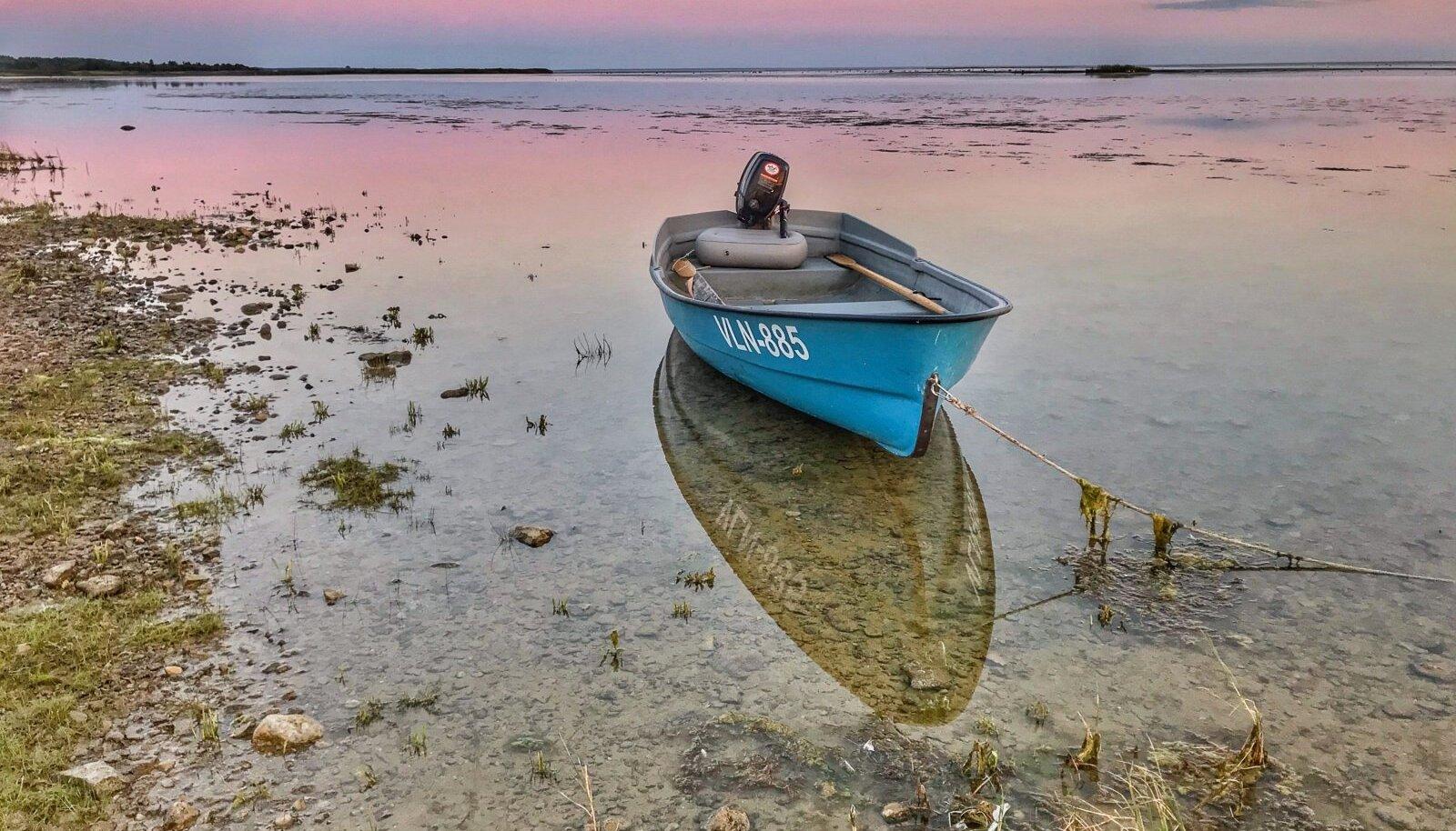 Päikeseloojang lääne-Saaremaal