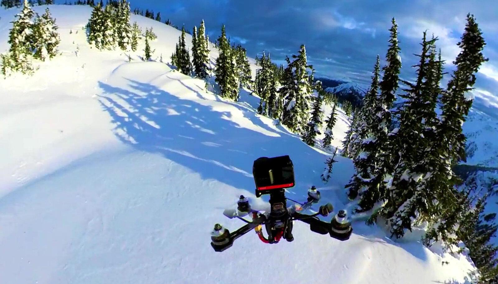 Siin kihutab Kanada lumiste väljade kohal veel tavaline droon. Võimalikest väikeste tapjabot'ide ohust on aga juba mõnda aega räägitud.
