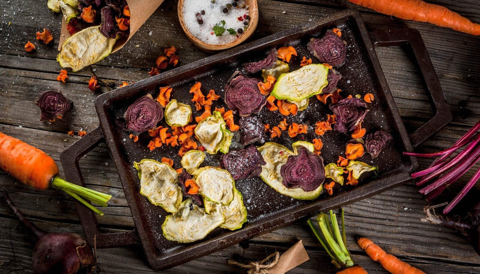 Köögivilju võib kuivatada praeahjus, kuivas välisõhus või spetsiaalses kuivatis.