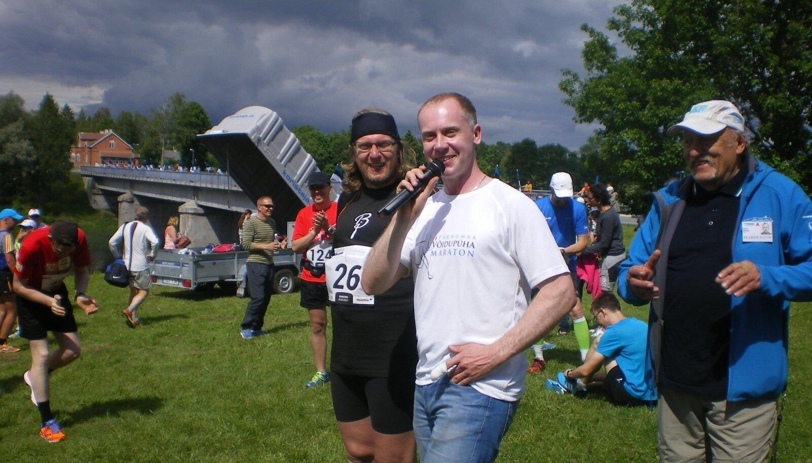 Võidupüha maratoni start Toris