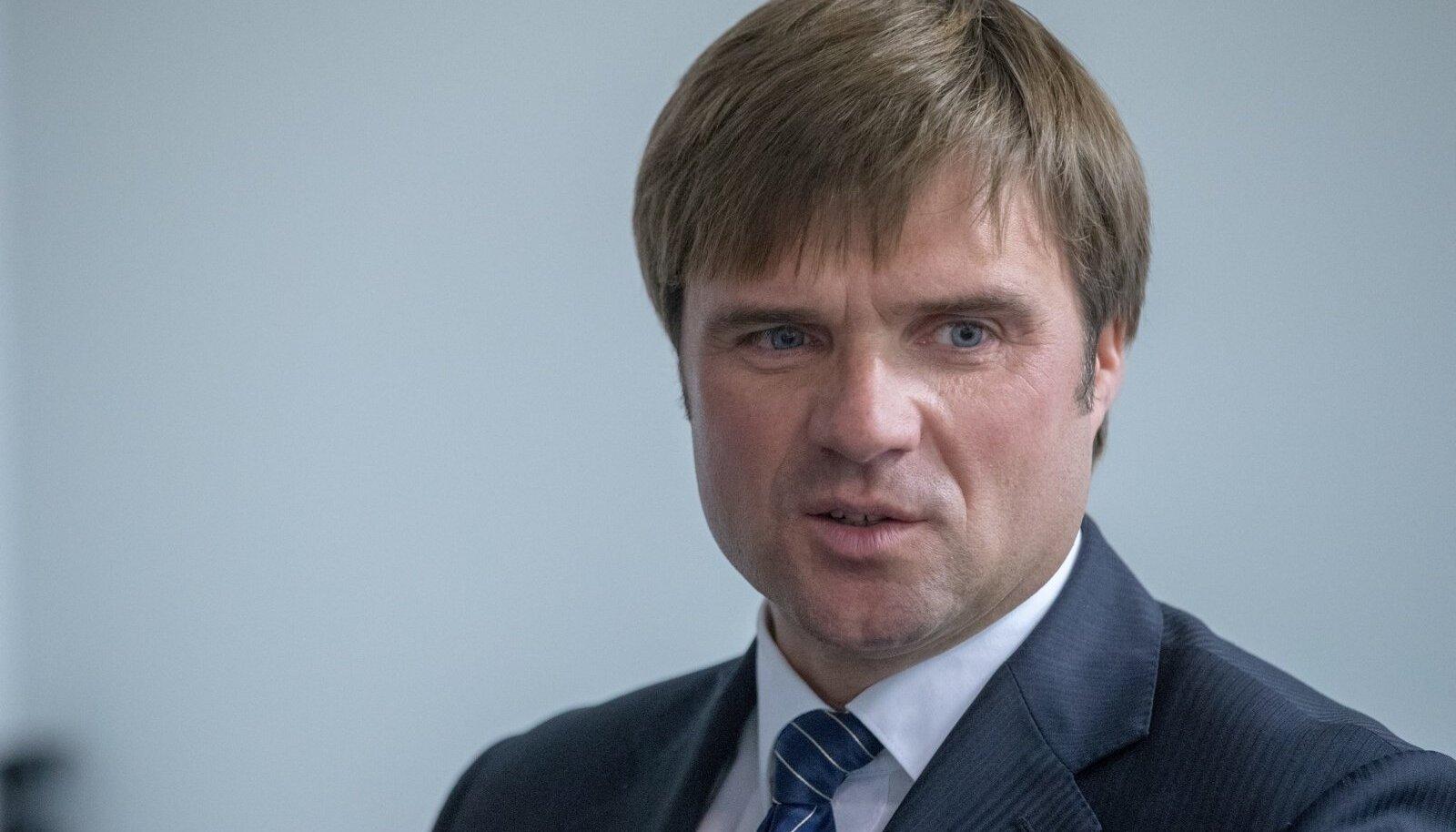Võrkpalliliidu pressikonverents, Sven Nuutmann