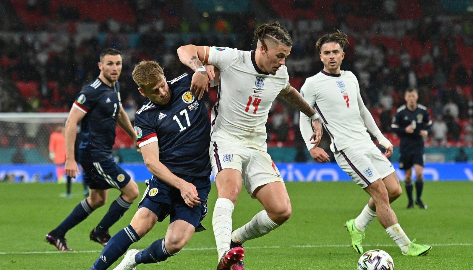 Inglismaa (valges) ja Šotimaa leppisid viiki.