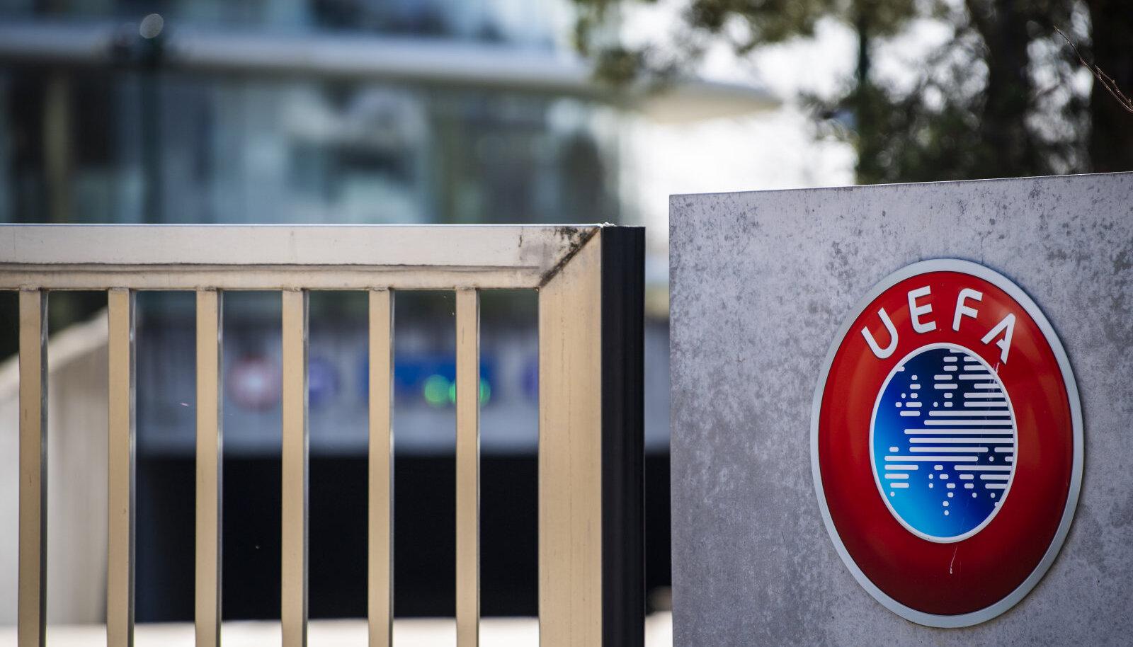 UEFA peakontor Nyonis.