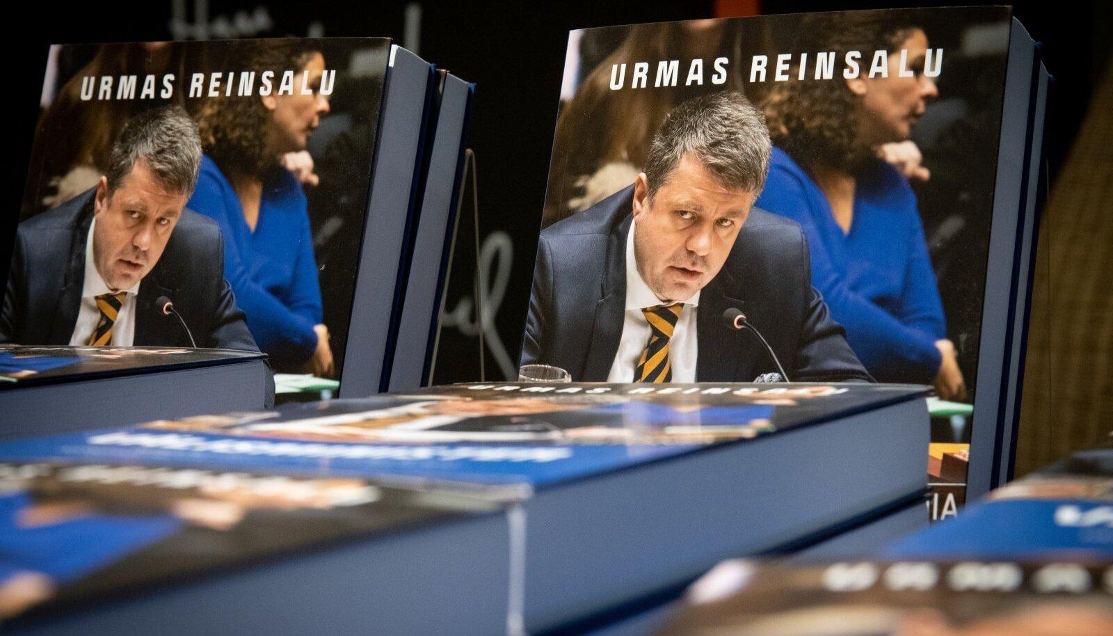 """Urmas Reinsalu raamatu """"Välisminister"""" esitlus"""