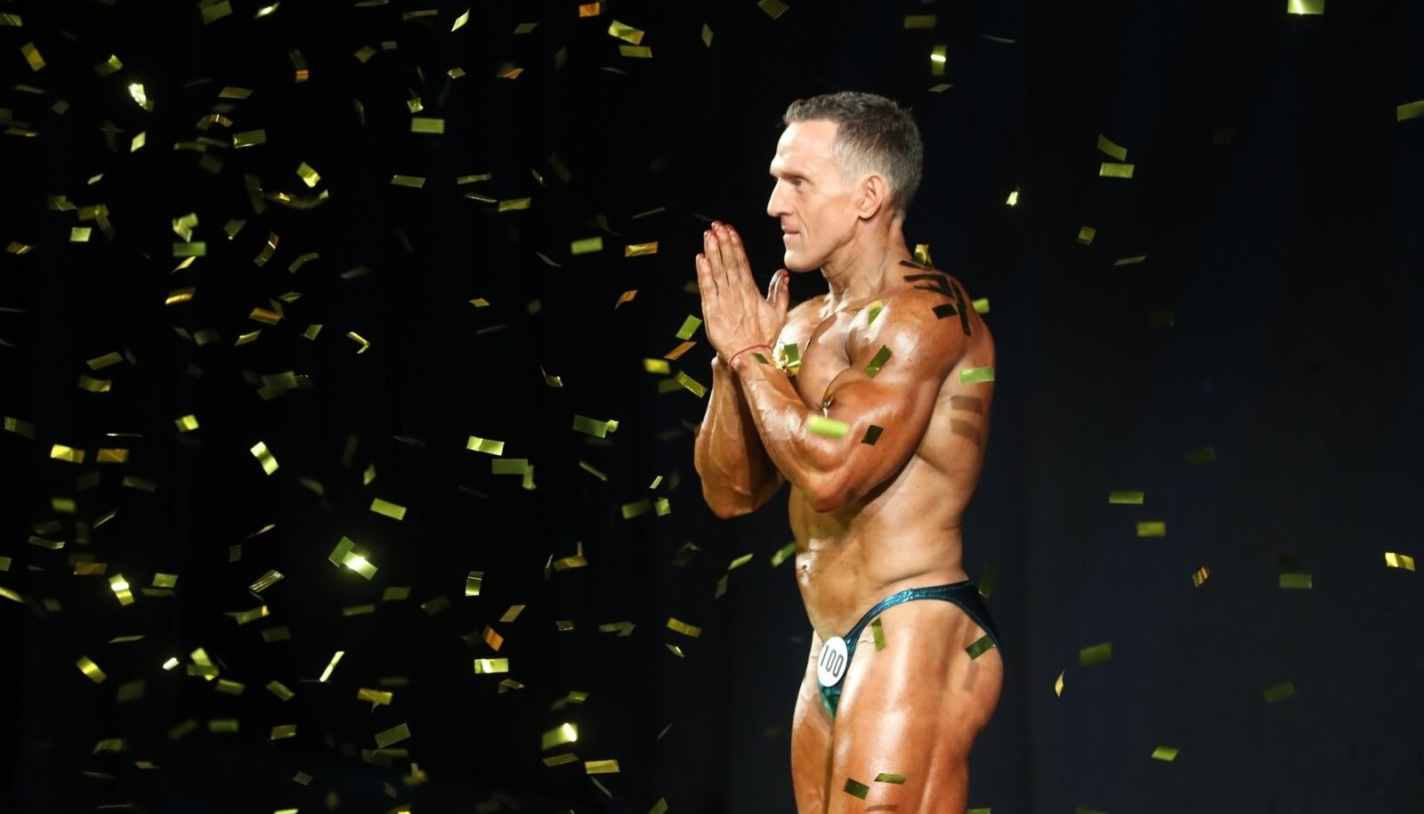 Ott Kiivikas lahkus amatööride seltskonnast tipus ning siirdus profiks, mistõttu ta enam Eesti meistrivõistlustel kaasa ei löö.