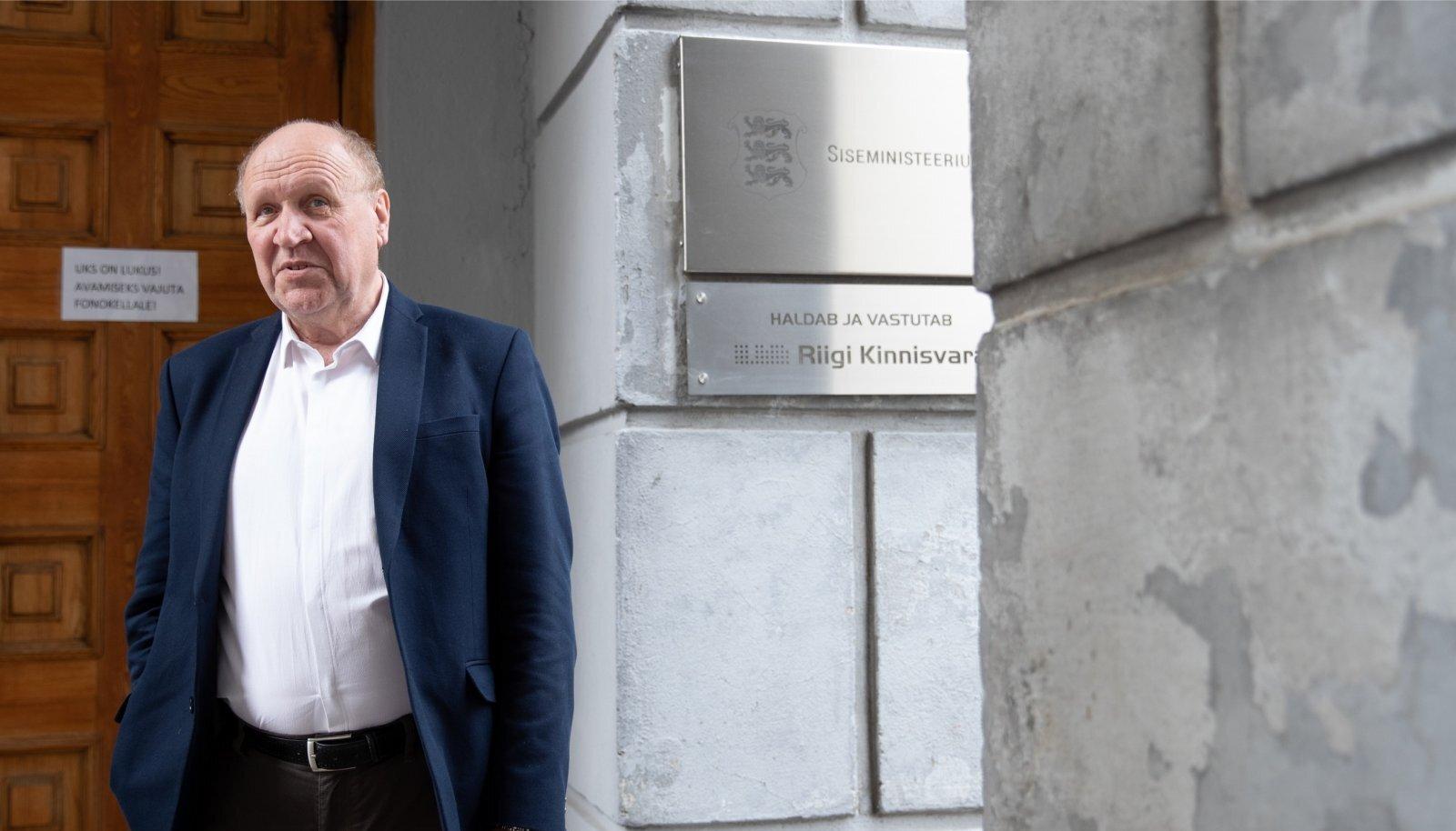 Siseminister Mart Helme ütleb, et sisejulgeoleku osa SKP-st peaks olema sama suur kui kaitseväel.