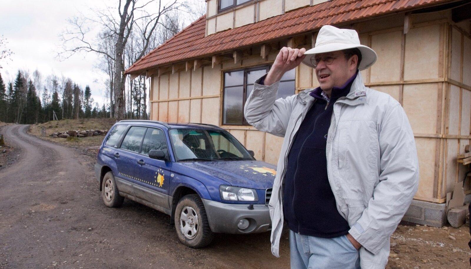 Toomas Hendrik Ilves presidendikandidaadina Ärma talus.Pildistatud 10.04.2006