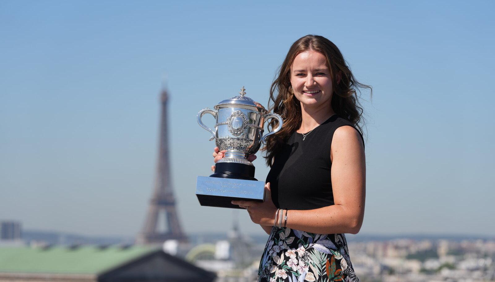 Naiste turniiri üllatusvõitja Barbora Krejcikova.