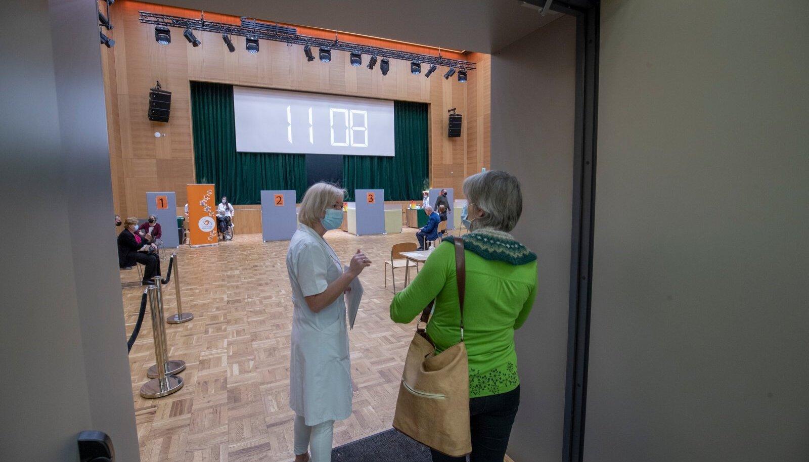 Kaja kultuurikeskuses vaktsineeriti inimesi