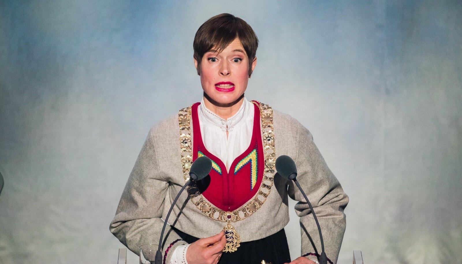 Kersti Kaljulaid kõnet pidamas