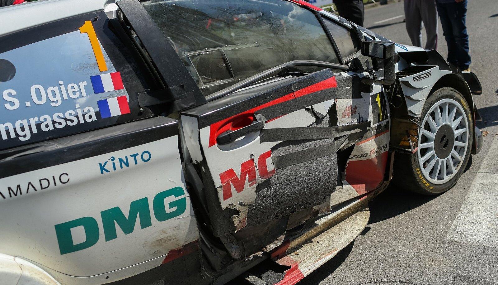 Sebastien Ogier'i auto pärast avariid.