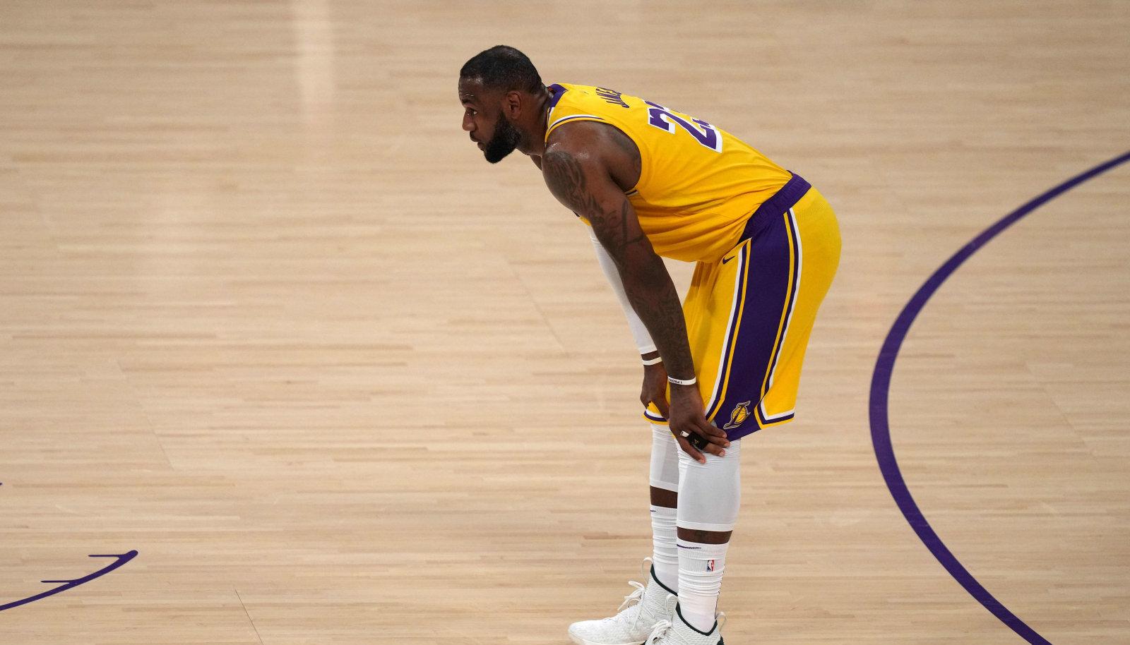LeBron James pidi esimest korda karjääri jooksul NBA esimese ringi seeriast kaotajana lahkuma.