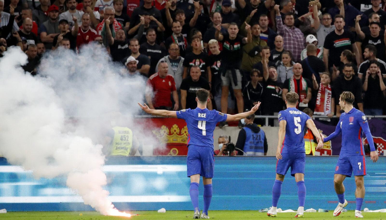 Signaalrakett 2. septembril Ungari - Inglismaa mängul.