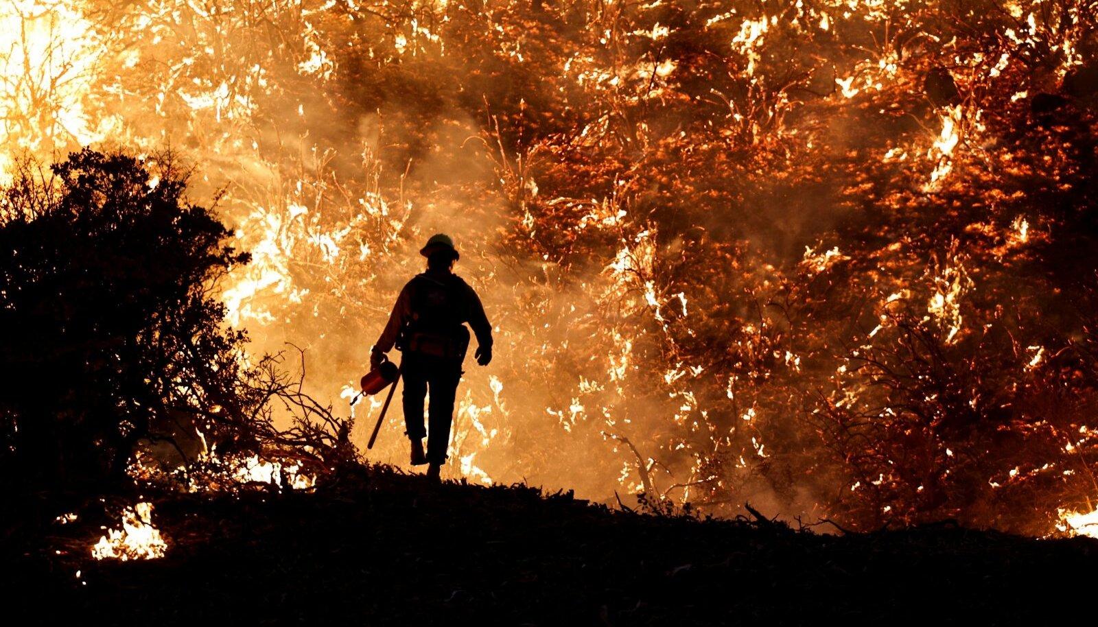 Iga suurema sektori esindaja üritab oma valdkonda kliimapoliitika hambust päästa. See aga tähendab, et tavatarbija võib jääda suure koorma alla: tema peaks kinni maksma näiteks fossiilkütustepõhise rasketranspordi