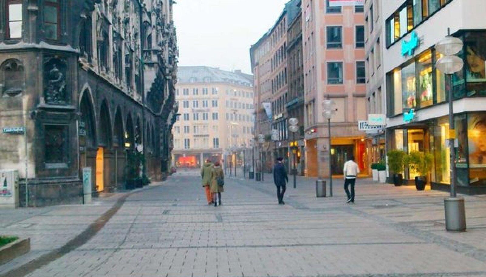 Pariisi ja Rooma vahel: Münchenis teritasid oma meeli möödunud sajandi alguses Vabbe, Raud ja Triik. (Gert Raudsep)