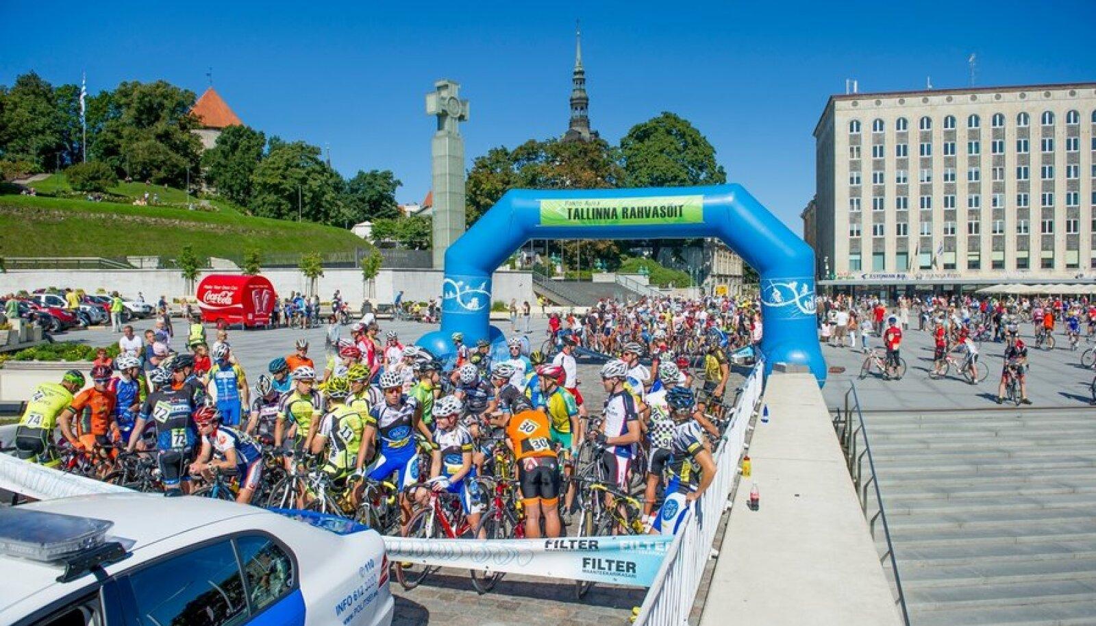 Fakto Auto Tallinna Rahvasõit toob ligi tuhat jalgratturit Tallinna kesklinna ja südalinna.