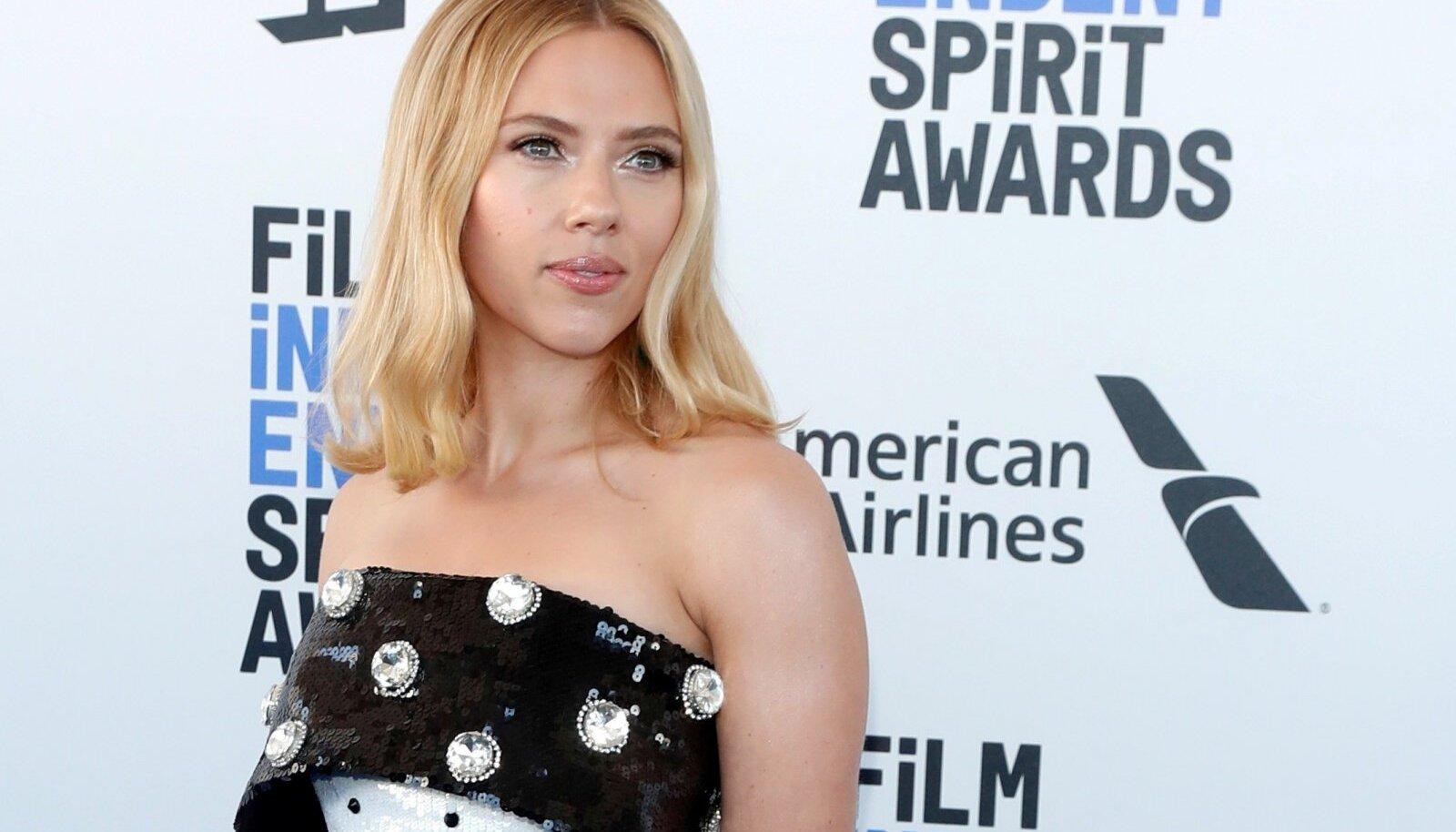 FILE PHOTO: 35th Film Independent Spirit Awards – Arrivals – Santa Monica -Scarlett Johansson