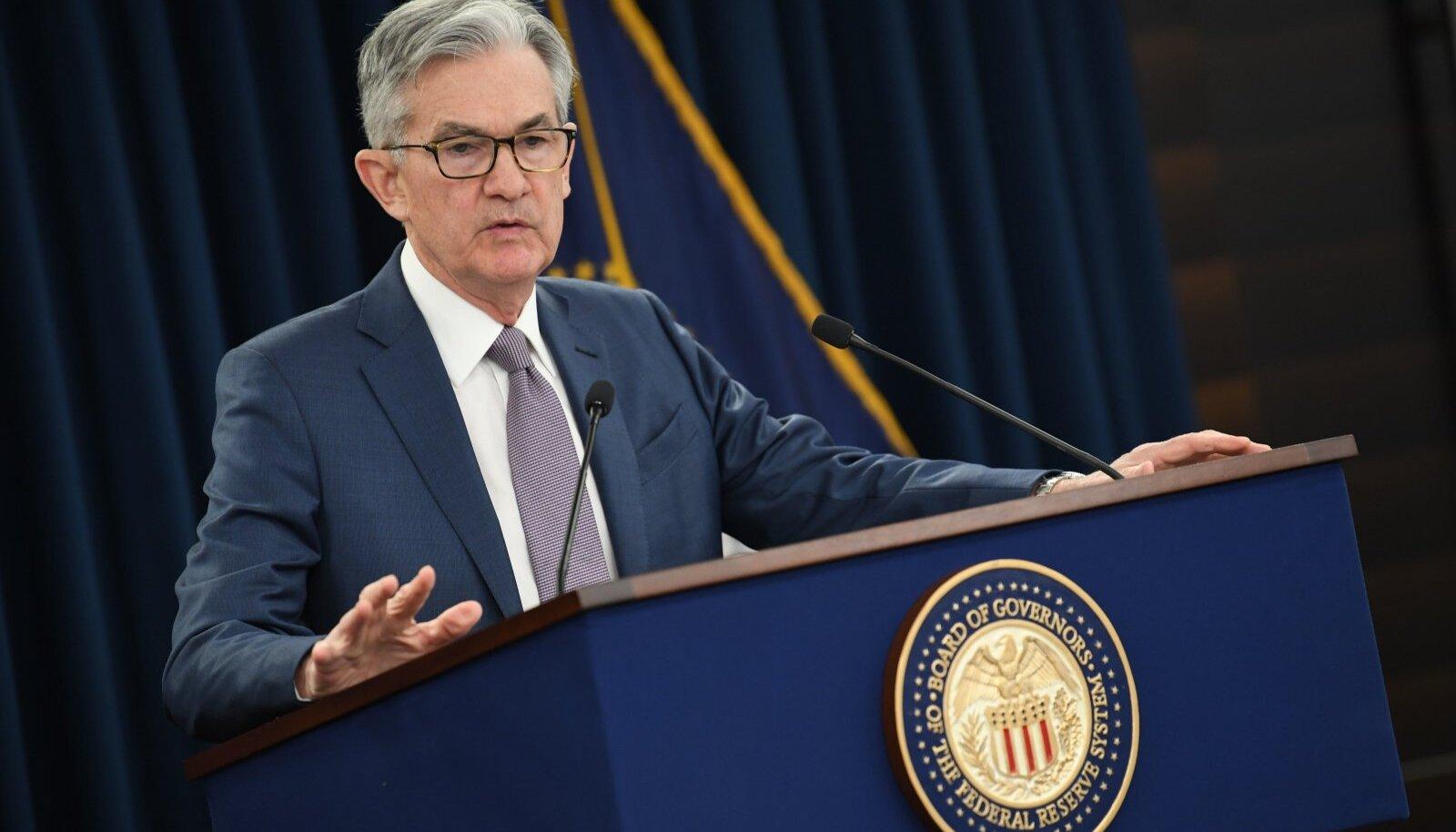 USA keskpanga juht Jerome Powell hoiatas, et koroonaviirus mõjutab äritegevust veel mõnda aega.