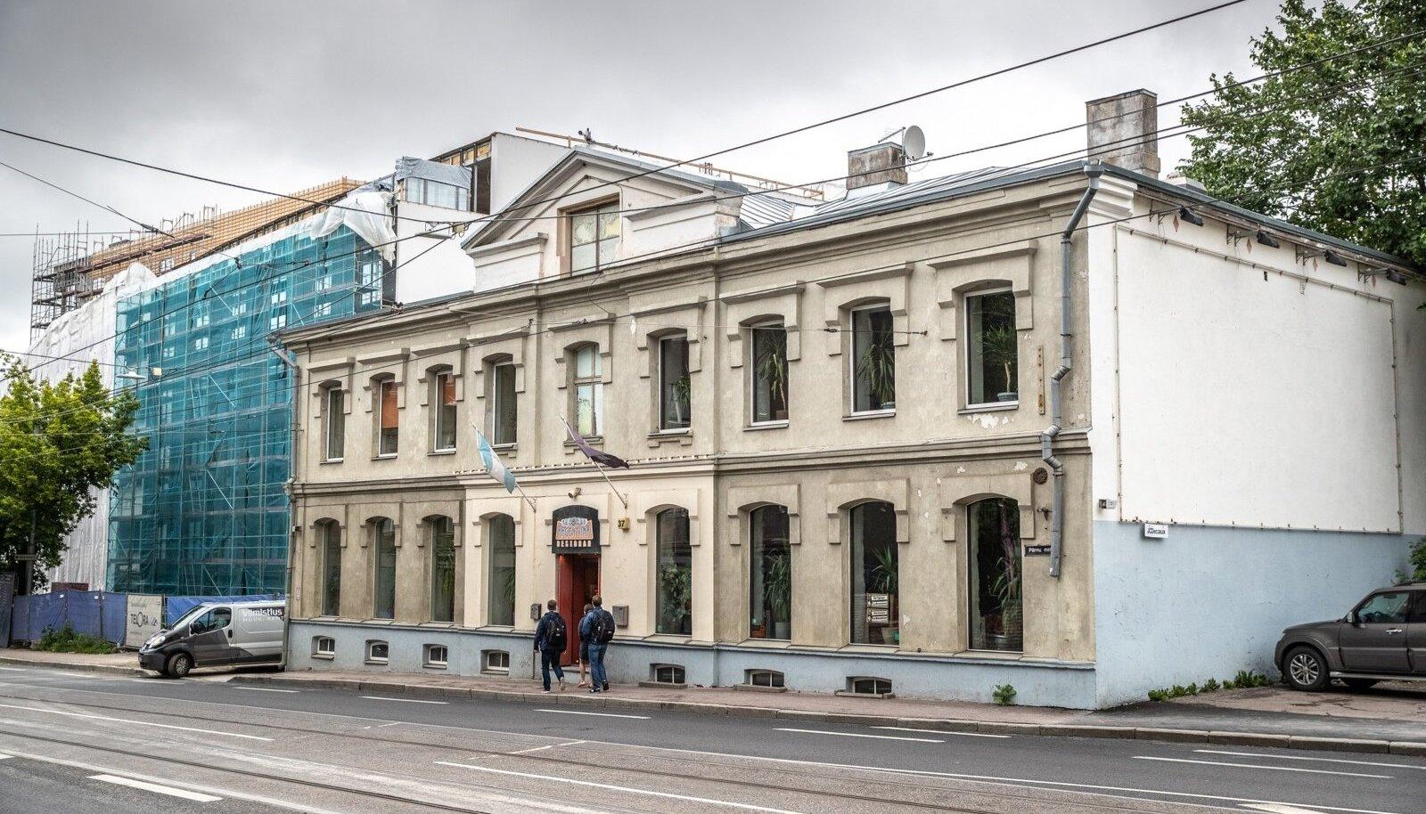 Argentiina restoran Pärnu mnt 37.