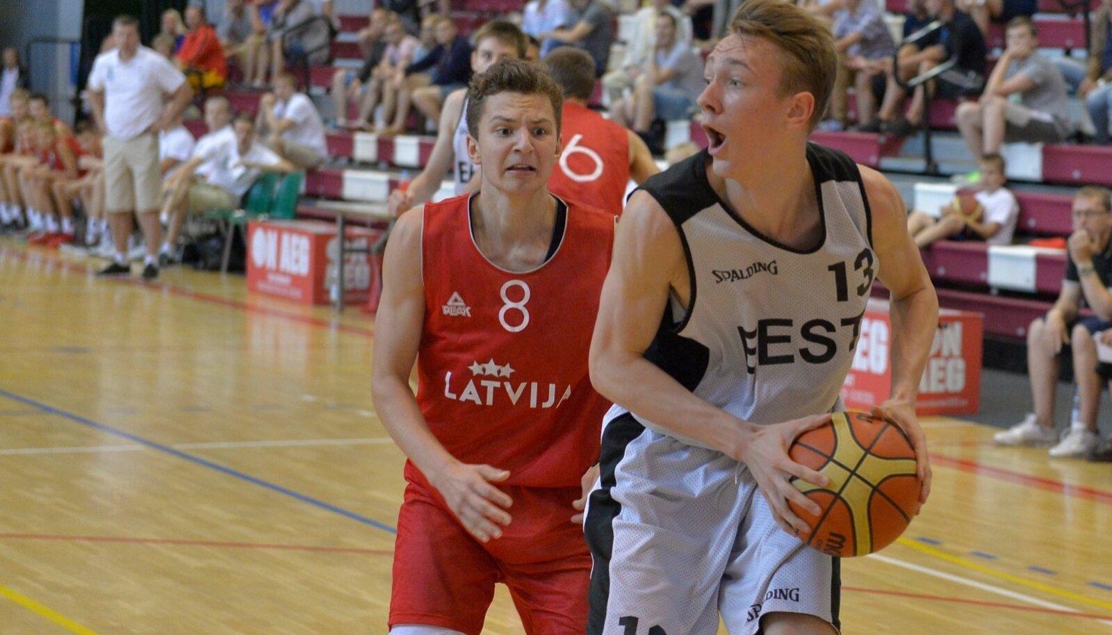 Sander Raieste kohtumises Lätiga
