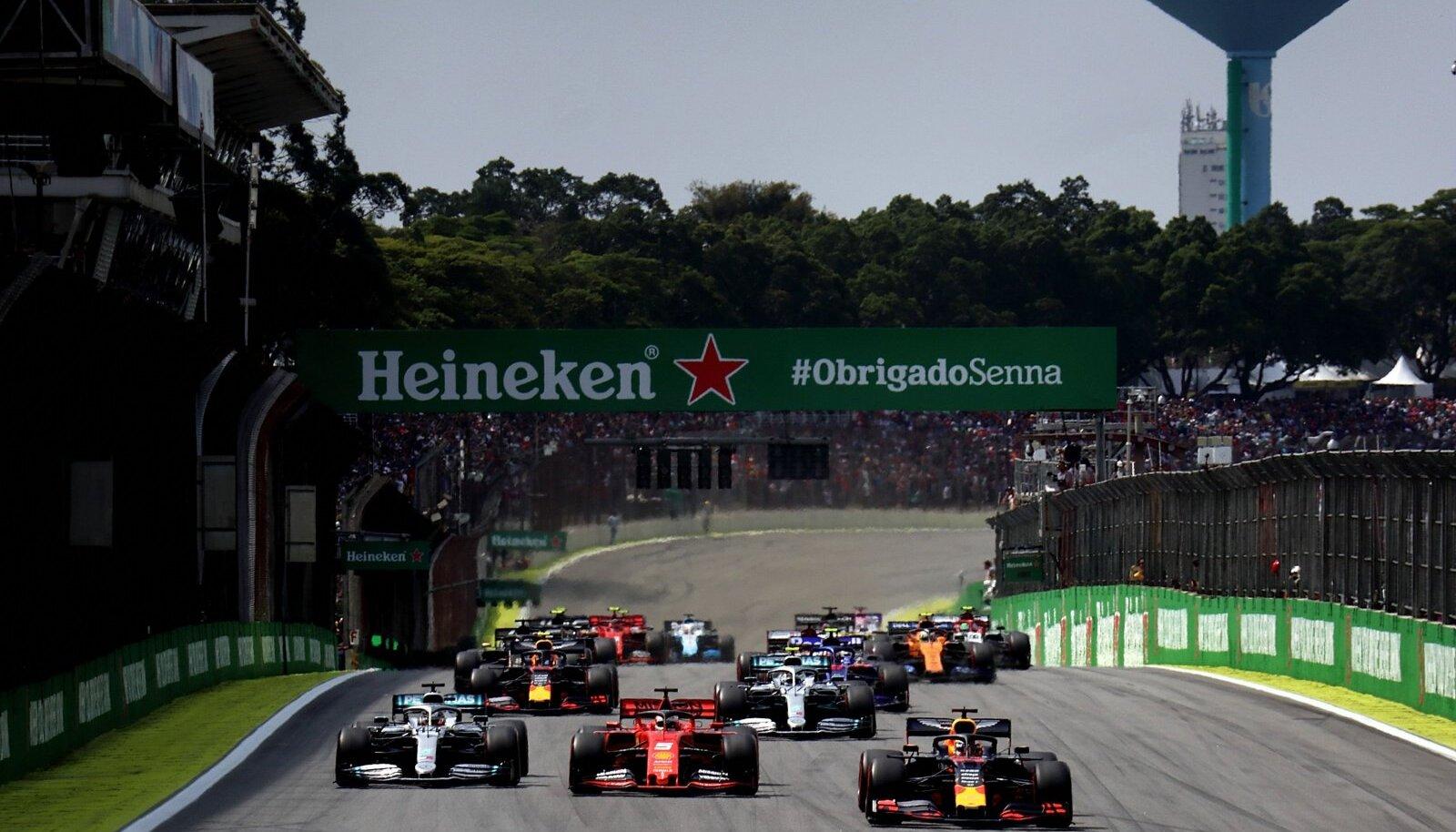 Vormel 1 autod Brasiilia GP rajal.