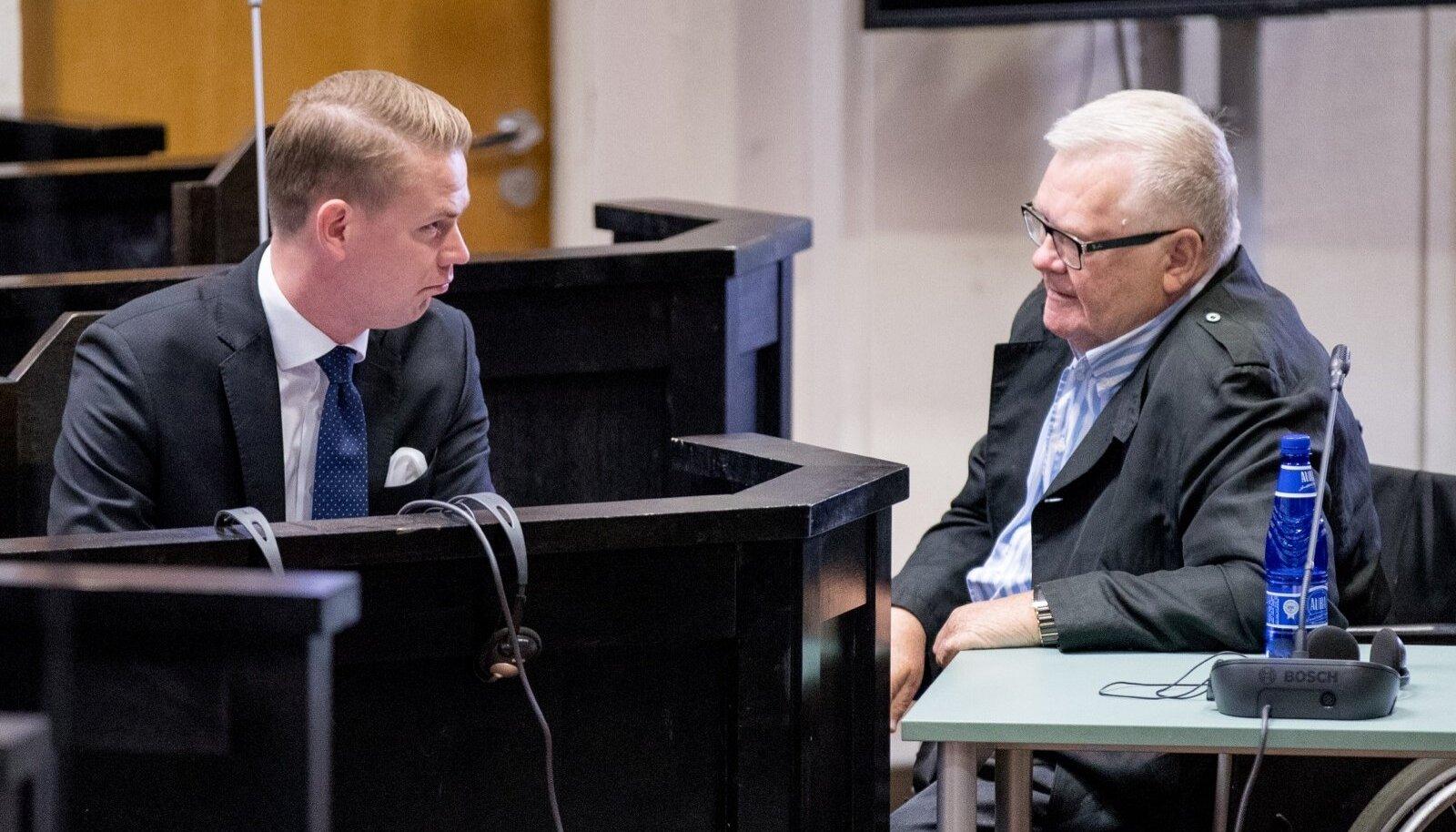 Vandeadvokaat Oliver Nääs ja endne Tallinna linnapea Edgar Savisaar 16. augustil 2017 kohtus