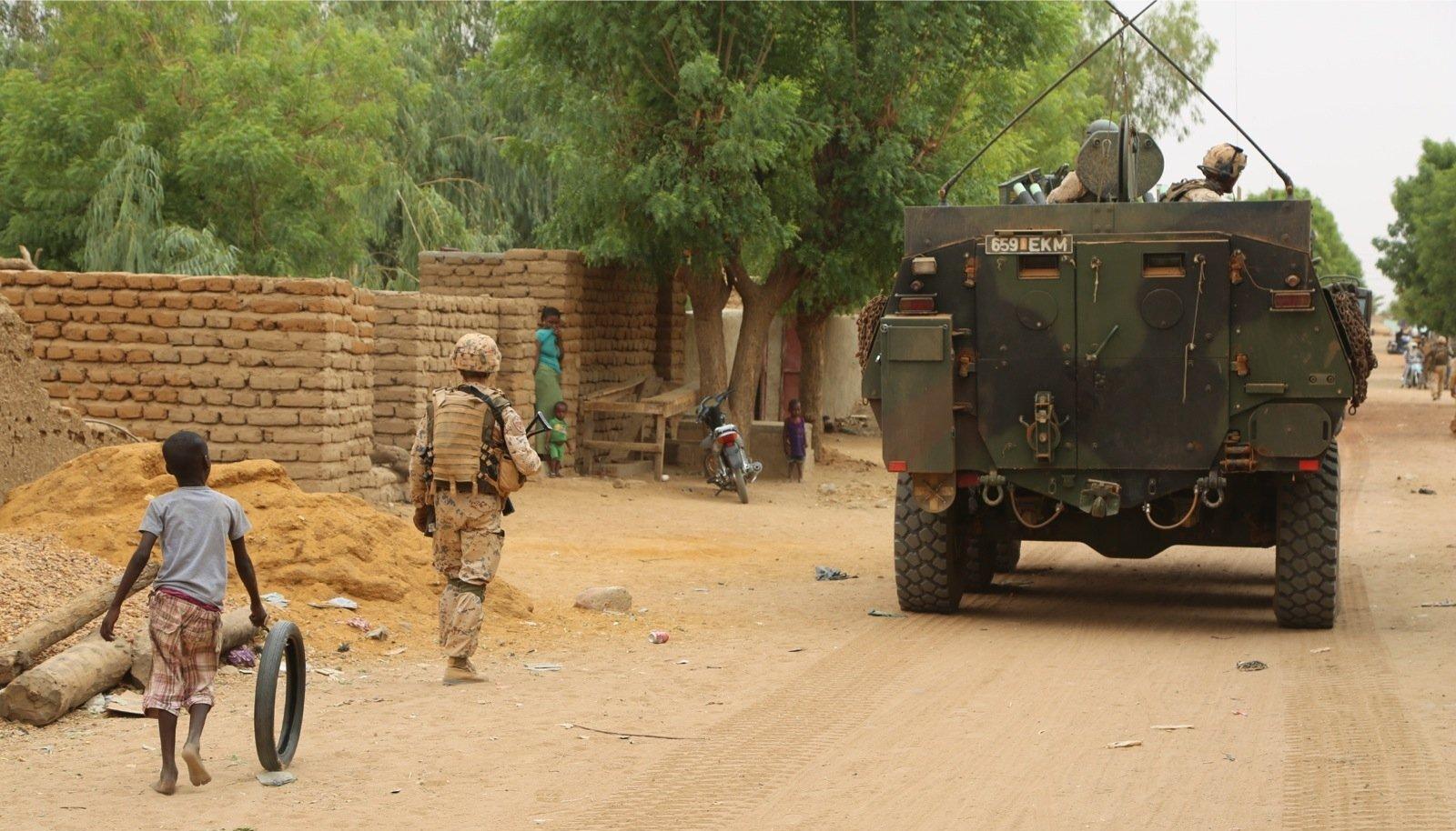 Tulevahetus ja autopomm Malis. Kõik ründajad said surma, kuus Eesti kaitseväelast viga