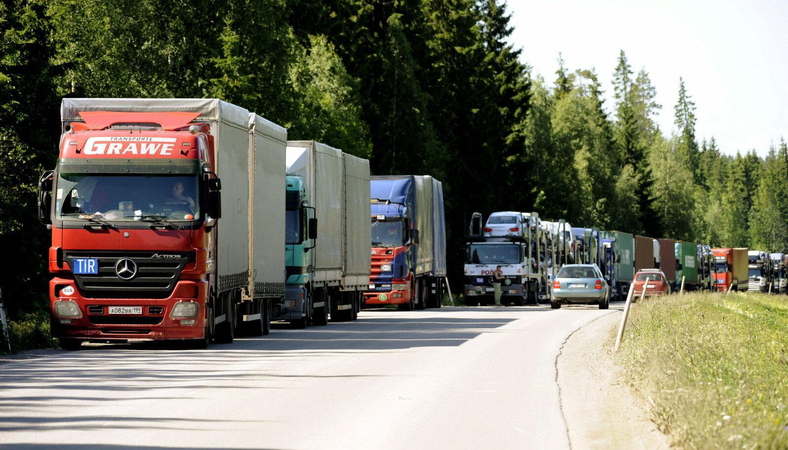 Veoautod Soomes Nuijamaa piiripunktis.