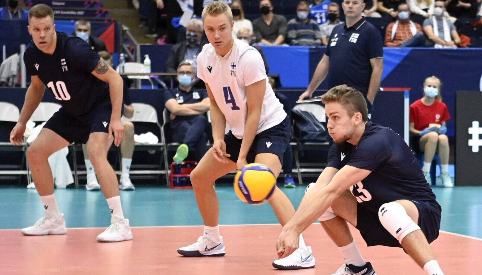 Vasakult Urpo Sivula, Lauri Kerminen ja Antti Mäkinen