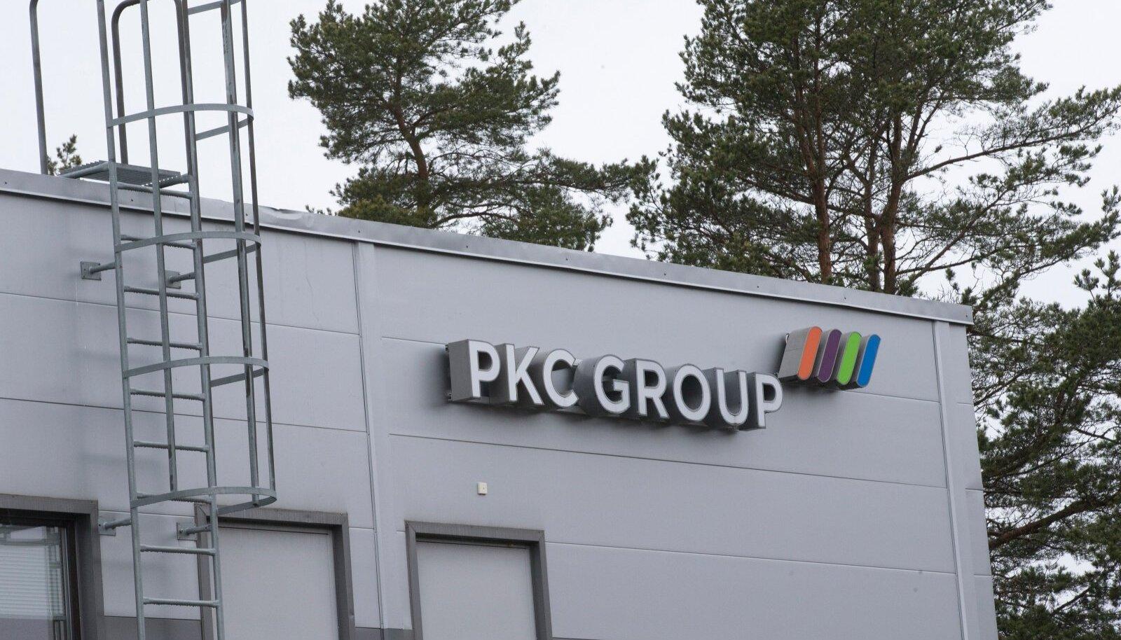 Autotööstusele juhtmeköidiseid valmistav rahvusvaheline PKC Grupp sulgeb 2017. aasta märtsis Eestis tootmise ja koondab aasta jooksul 613 töötajat.PKC Eesti juhatuse liige Merle Montgomery