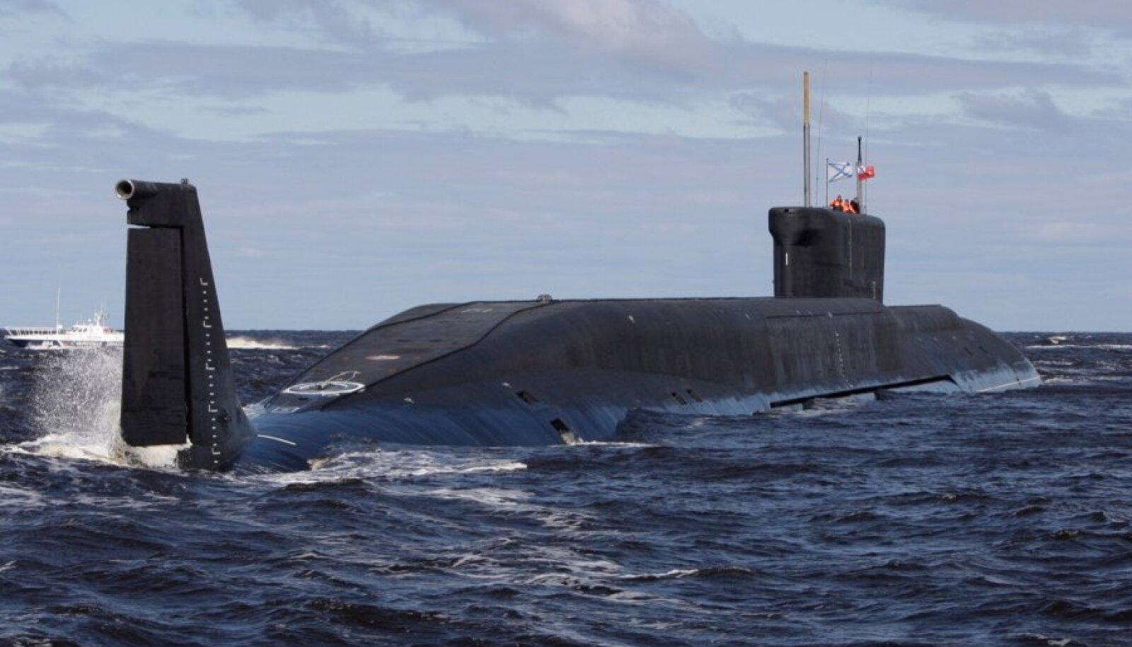 Venemaa ehitab uue põlvkonna tohutuid ballistiliste rakettidega relvastatud allveelaevu. Esimene selline on 2013. aastast teenistuses olev laev, mis kannab Juri Dolgoruki nime.