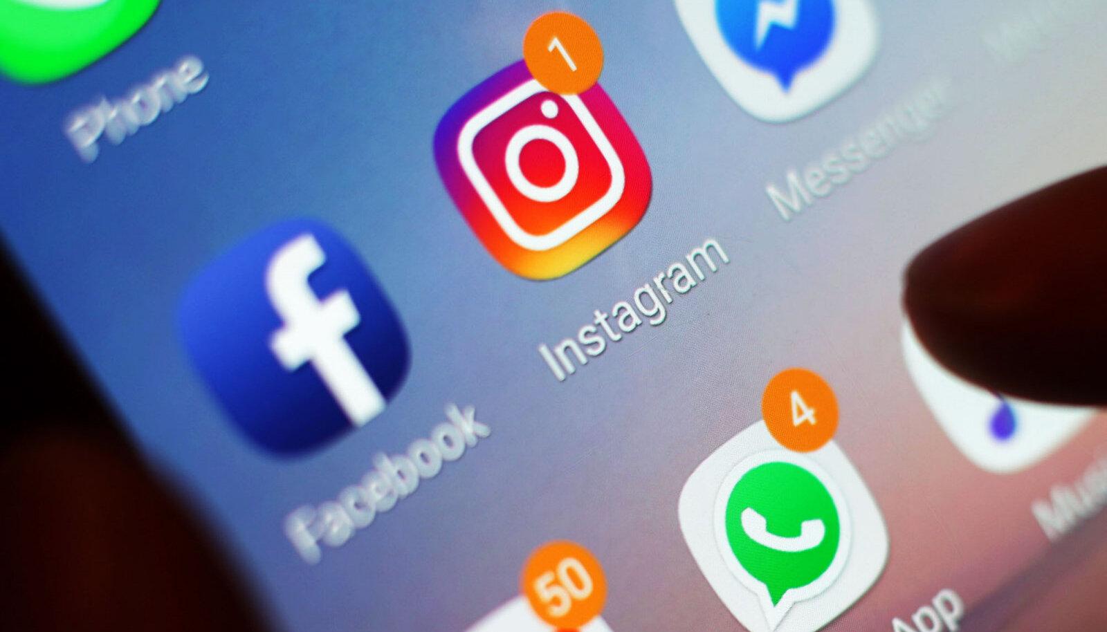 Sotsiaalmeedia rakenduste ikoonid telefonis