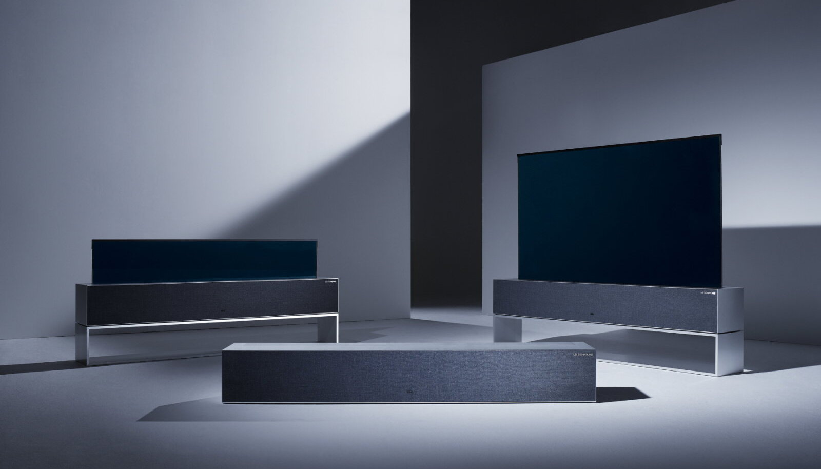 LG uus kokkurullitav teler ja selle kolm erinevat asendit