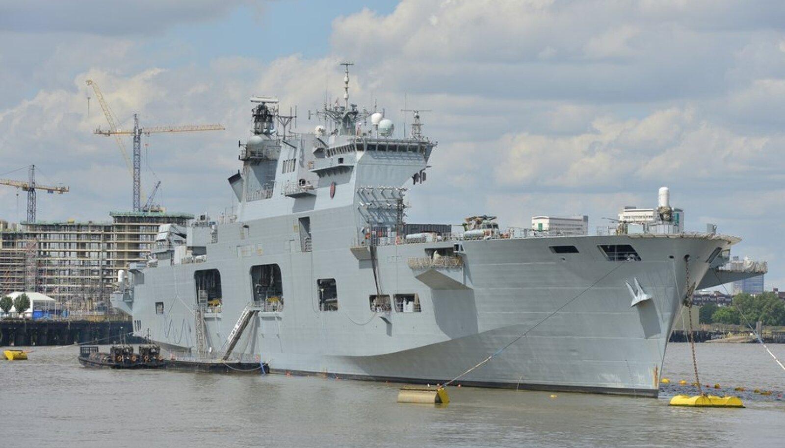Briti kuningliku mereväe suurim sõjalaev