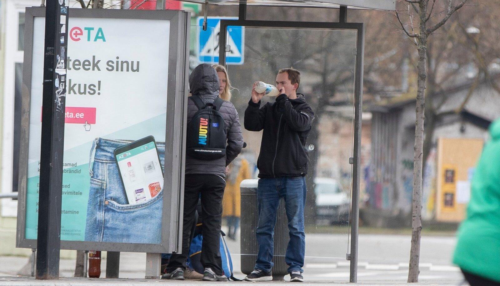 Balti jaama elukunstnikud.