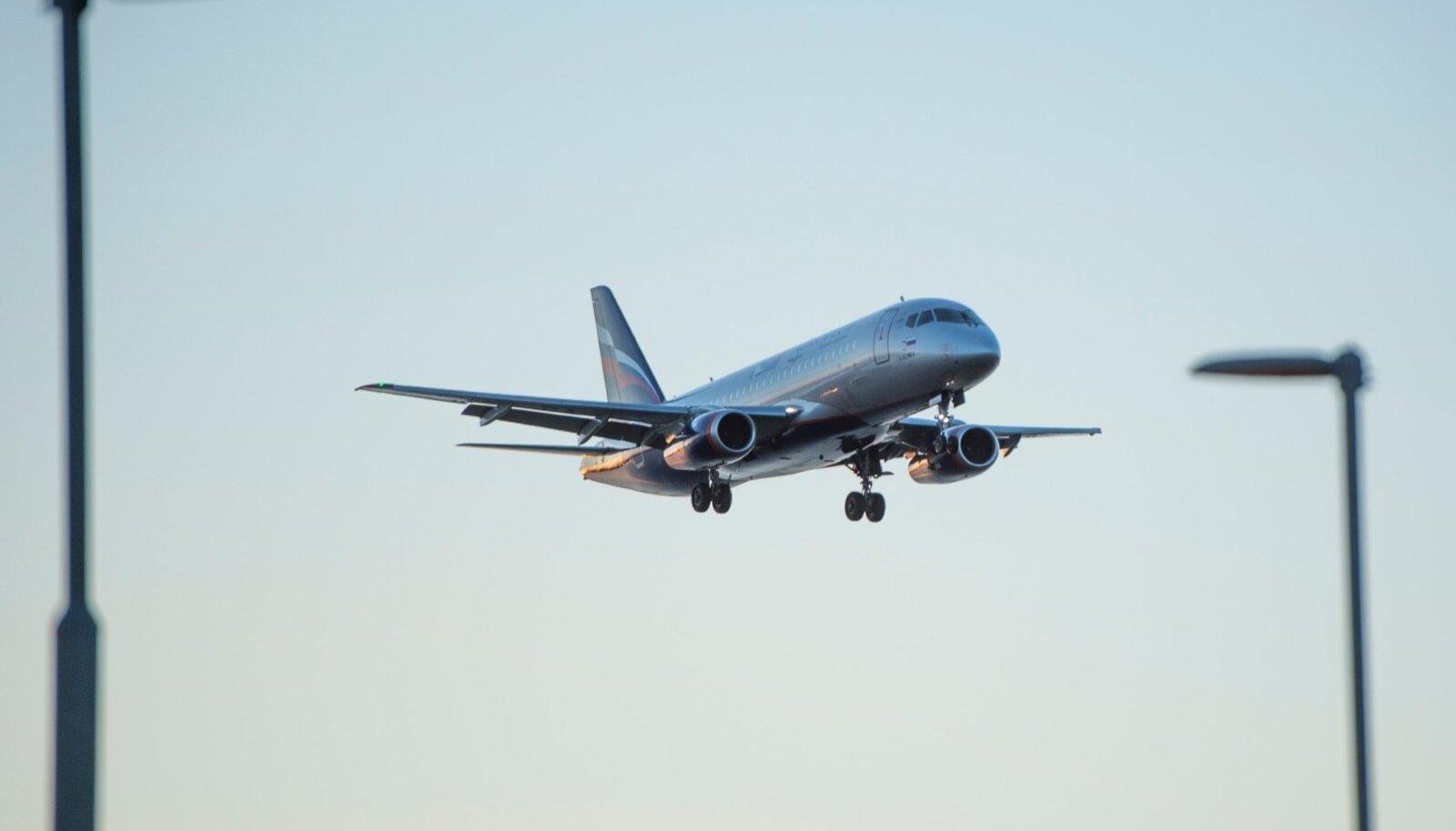 Aerofloti lennuk maandumas.