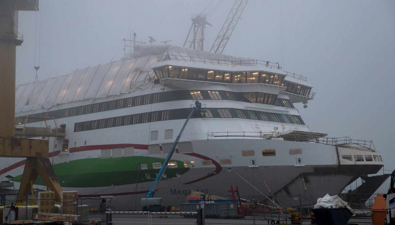 Tallinki uue laeva vanema sõsara Megastari ehitus Turu laevatehases