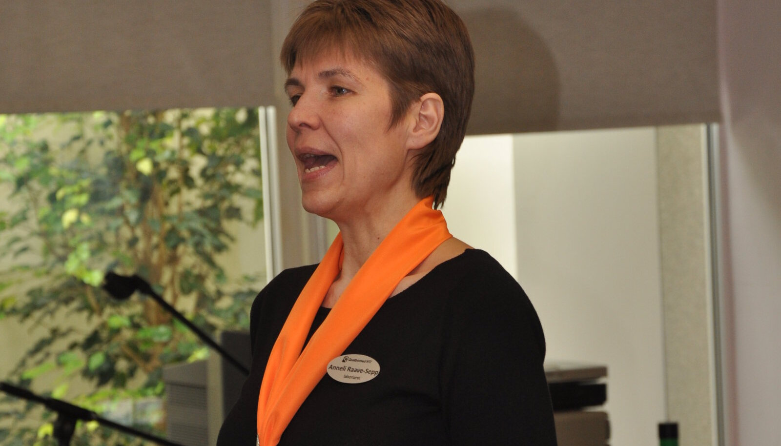Dr Anneli Raave-Sepp pidamas perearstidele loengut