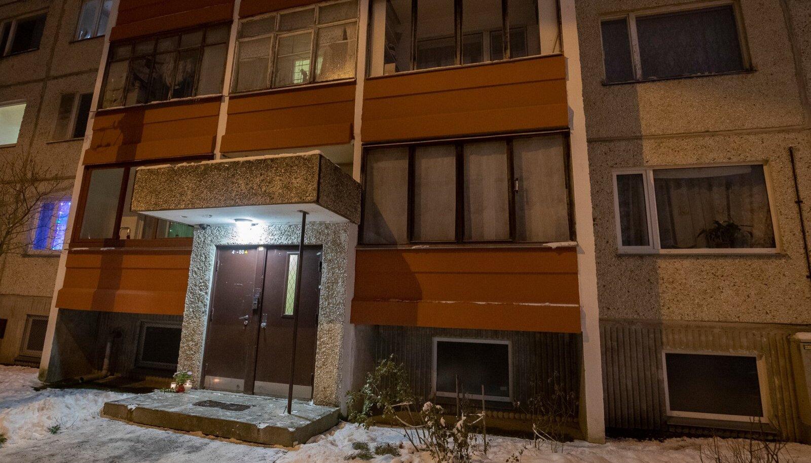 Matit süüdistatakse oma naabri tapmises. Naabrist jäid maha kaks väikest last.