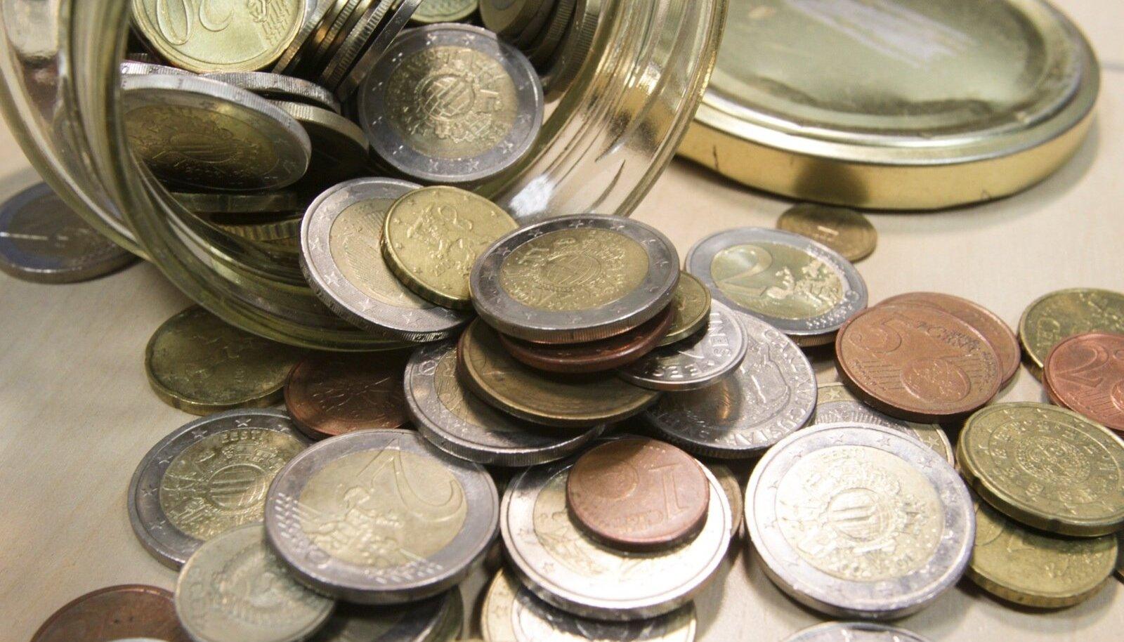Kõikidel ministeeriumitel palutakse uurida, kust saaks eelarvet kokku tõmmata.