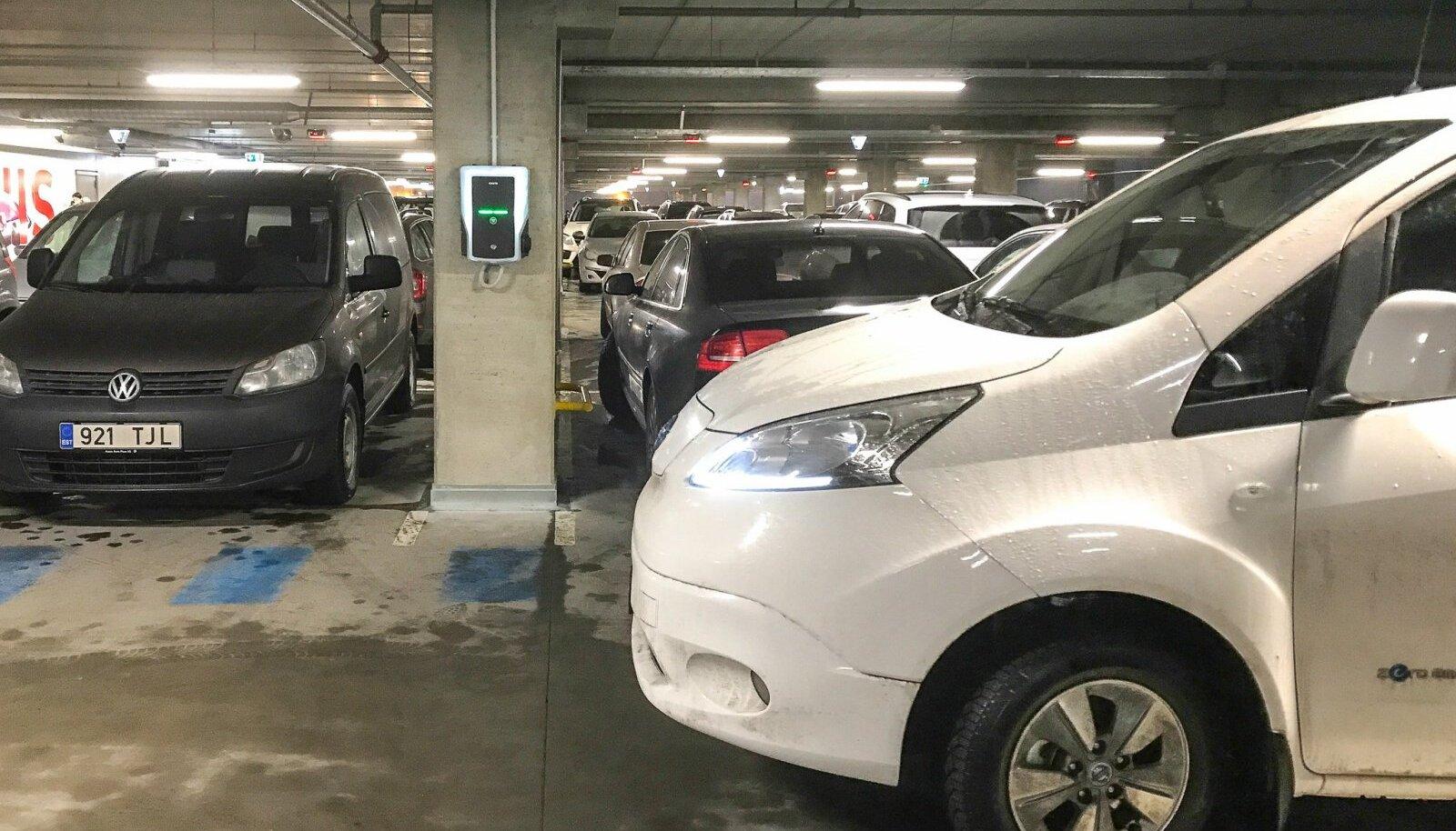 Elektriauto laadija T1 kaubanduskeskuses
