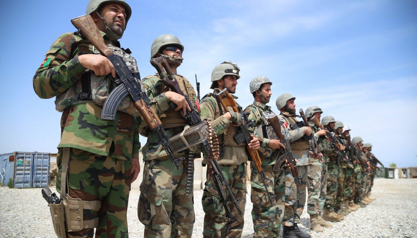 """Nangarharis anti täna Afganistani valitsusvägedele üle järjekordne USA baas. Ekspertide sõnul ei tõota """"rahuprotsess"""" aga valitsusele midagi head."""